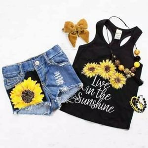 Toddler sunflower shorts and tshirt